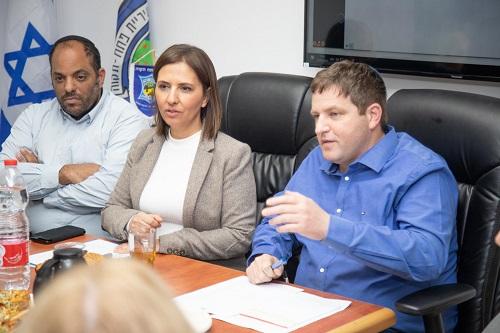 """השרה לשוויון חברתי: """"משרדי תמך רבות בפעולות ובפרויקטים בפ""""ת"""""""