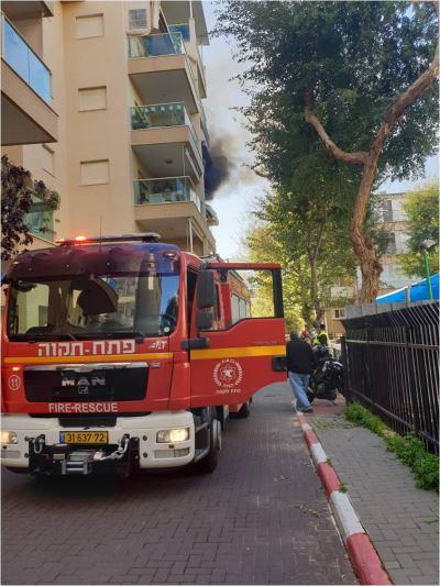 """שריפה פרצה  בדירה במרכז העיר פ""""ת"""
