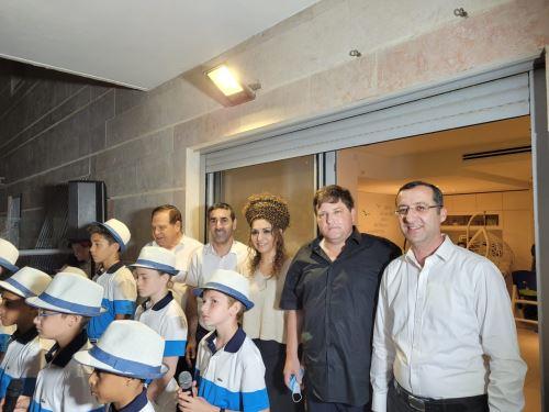 מופע של פרחי ירושלים לחיזוק כוחות הבטחון במרפסות בשכונת הדר גנים