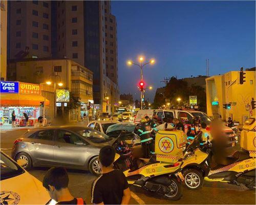 פצועים בתאונה ברחוב חיים עוזר
